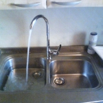 замени смесителя и сифона в раковине